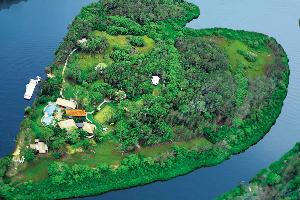 Makepeace Island (2)