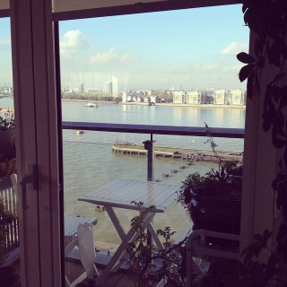 ¡Nos encanta este piso en #Londres! Gracias @yourpennyback #river #thames