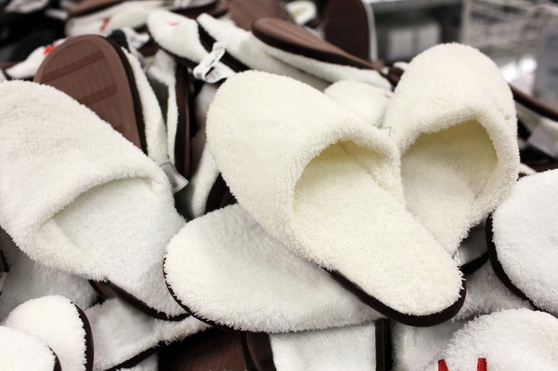 Usar zapatillas en piso de alquiler