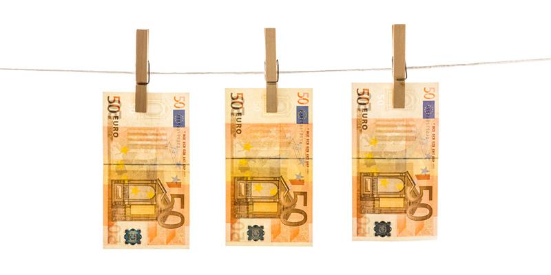 euros colgando