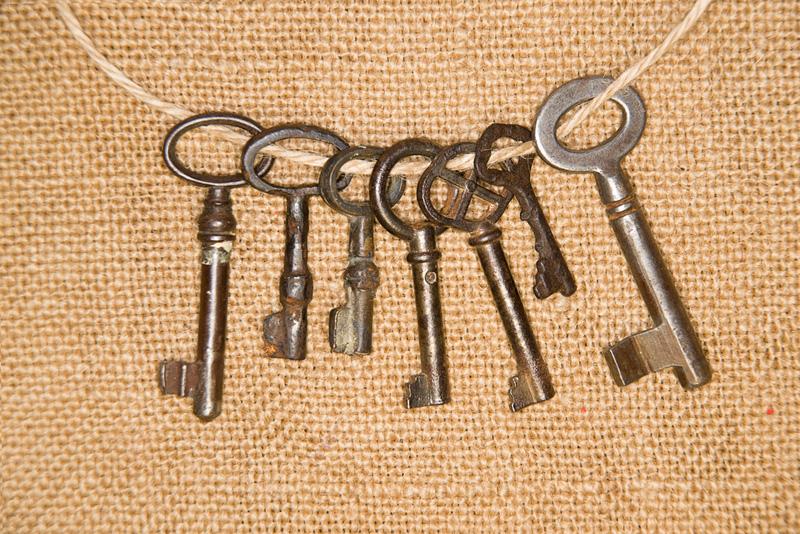 Llaves y cerraduras, reparación en piso de alquiler