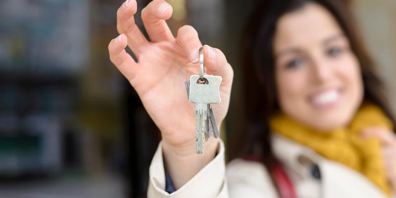 entregar llaves a casero