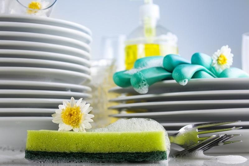 8 cosas que no sabías que se pueden lavar en un lavavajillas