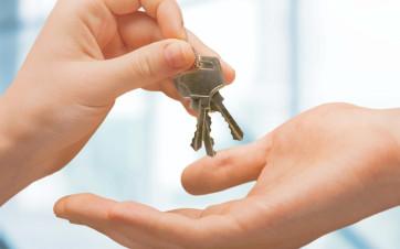 entrega llaves piso en alquiller
