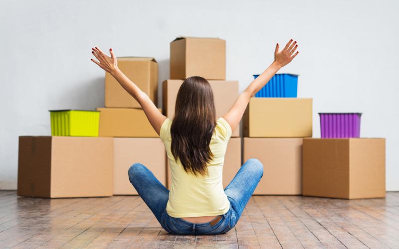 inquilina se muda a nuevo piso en alquiler