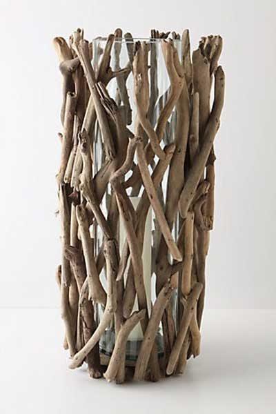 ramas de madera que hacen un jarron