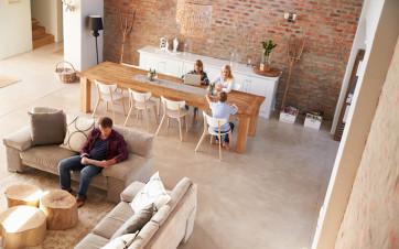 familia en piso en alquiler