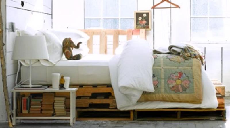 cama hecha con palets DIY