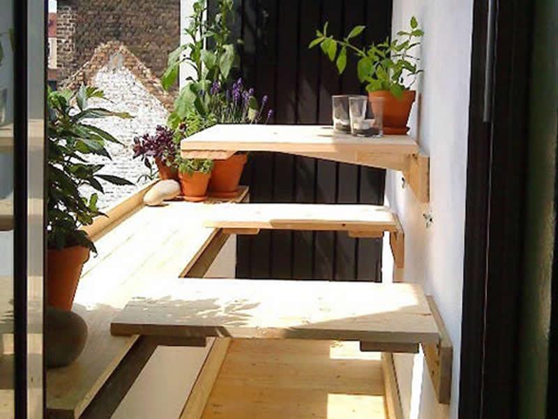 Decorar balcones pequenos con muebles plegables